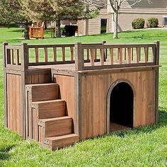 Large Dog House Pet Wood Kennel  Deck Raised Floor Staircase Outdoor Shelter