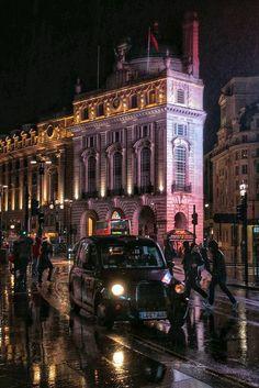 Vista nocturna de Londres.