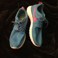 nike roshe run shoes outlet only $21,Press picture link get it immediately! 1 days Limited!!Get it immediately!