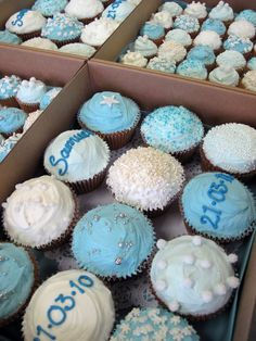 Here's some lovely baby blue cupcakes we did for Samuel's Christening. Baptism Desserts, Christening Cupcakes, Baby Boy Christening, Christening Table Ideas, Baptism Ideas, Cupcakes For Boys, Baby Dedication, Baby Boy Cakes, Baby Invitations