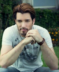 .Jonathan silver Scott...he's funny, knows how to do magic tricks, fixes houses, and is freakin HOT! perfect ;) yes please!