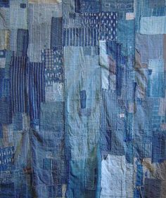 how to boro quilt sashiko Japanese Quilts, Japanese Textiles, Japanese Fabric, Japanese Patchwork, Sashiko Embroidery, Japanese Embroidery, Embroidery Stitches, Hand Embroidery, Sculpture Textile