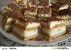 Rumunské kokosové řezy recept - TopRecepty.cz Czech Recipes, Ethnic Recipes, Hungarian Desserts, Romanian Food, Nutella, Food Porn, Dessert Recipes, Healthy Eating, Yummy Food