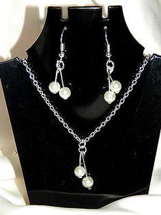 Parure collier et boucles perles de verre rondes blanc nacré - mariage / soirée €6