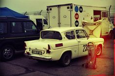 Ford Anglia | Classic car♥♥♥ Ford Motor Company, Ford Anglia, Ford Classic Cars, Automotive Art, Car Photography, Race Day, Ford Models, Kids Playing, Recreational Vehicles