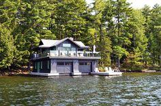 Landmarks on the Water: Top 10 Amazing Floating Boathouses Around the World   http://www.designrulz.com/design/2014/11/landmarks-water-top-10-amazing-floating-boathouse-around-world/
