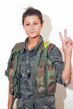 YPJ fighter-Rojava-Syria-Kurdistan-Ocalan-PKK