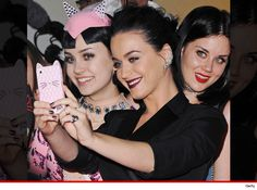 http://www.hilyts.com/2015/03/28/katy-perry-meets-her-twin-sister/