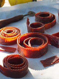 "Ízőrző: Birsalmasajt/birsalmabőr/""gumicukor"" birsalmából Onion Rings, Sweet Life, Homemade, Cooking, Ethnic Recipes, Food, Conservation, Essen, Meal"