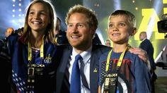Prince Harry Hangs Out With George Bush, Michelle Obama, and Morgan Freeman at the Invictus Games Prince William And Harry, Prince Harry And Meghan, Prince Henry, Royal Prince, Lady Diana Spencer, Michelle Obama, Prince Harry 2016, Pictures Of Prince, Invictus Games