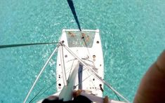 Location de Catamaran en Corse Entre deux escales dans les criques, pourquoi ne pas prendre quelques heures pour découvrir une autre facette de la Corse. Le matin, profitez de votre catamaran ou d'une crique aux couleurs azur et l'après-midi explorez les eaux cristallines des montagnes. En effet, l'une des particularités de l'île est d'avoir de hauts paysages montagneux longeant une plage de sable blanc. Antibes, Mediterranean Sea, French Riviera, South Of France, Sailing, Vacation, White Sand Beach, Other