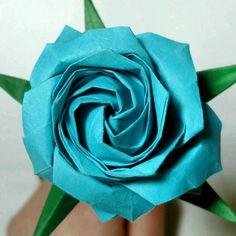 We just finished up an order for some origami roses! They're going to be shipped first thing tomorrow :)  #crochels#etsyhunter #etsyusa #etsyprepromo #shopetsy #etsyfinds #etsyshopowner #etsyseller #etsystore #etsylove #crochetblog #handmade #supportsmallbusinesses #amazonhandcrafted #handmadeatamazon #origami #origamiflowers #origamirose #blueroses #paperroses #paperart #paperartist #giftforgirlfriend #origamiart #origami2015