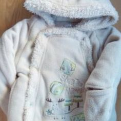 #ropa #calzado #juguetes #libros y todo para los #bebes en www.ahorrochildren.es con #calidad 100% garantizada #precio muy bajos y #segundamano de primera