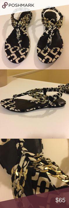 Chain sandals Diane Von furstenberg canvas material thong sandals with gold chains attached. True to size Diane von Furstenberg Shoes Sandals