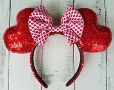 Be My Valentine Heart Shaped Ears Diy Disney Ears, Disney Diy, Disney Mickey, Disney Theme, Disney Crafts, Disney Stuff, Micky Ears, Mickey Mouse Ears, Peridot Earrings