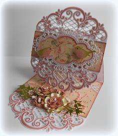 Jolanda's Crea-Blogg - Handmade Card using Marianne Creatables Design Dies - This gal is excellent with her use of Marianne Dies!!
