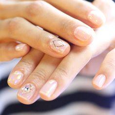 [#유니스텔라트랜드] ✨ #오늘네일뭐하지? #오로라네일 #스톤네일 #가을엔_차분하게 #unistella #daily_unistella #daily_uninails #ororanails #stonenails #NOTD ✔유니스텔라 내의 모든 이미지를 사용하실때 사전 동의, 출처 꼭 밝혀주세요❤