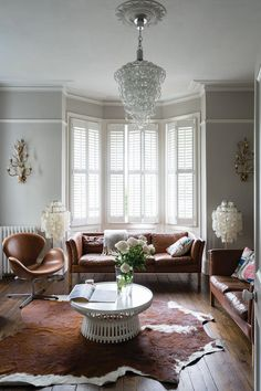 Purbeck Stone by Farrow & Ball is an understated stone grey paint colour available at Tonic Living in Toronto Living Room Flooring, Living Room Paint, Small Living Rooms, Home Living Room, Living Room Decor Colors, Teen Room Decor, Farrow Ball, Union Jack, Farrow And Ball Living Room