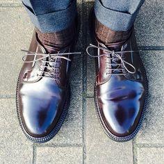 all_navy ALDEN 990 PTB . #alden #aldenshoes #aldenarmy #cordovan 2017/03/10 08:15:52 Alden 990, Gentleman Shoes, Mens Attire, Men's Boots, Wasp, Sock Shoes, Stylish Outfits, Leather Shoes, Derby