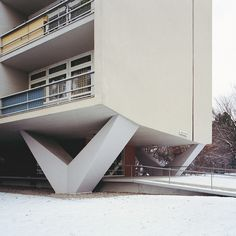 1957 Interbau Residential Tower | Architect: Oscar Niemeyer | Berlin, Germany