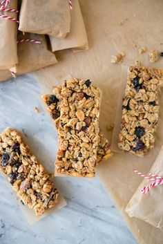 Recipe: Homemade Berry Almond Granola Bars - made with Blue Diamond Almonds. #ad