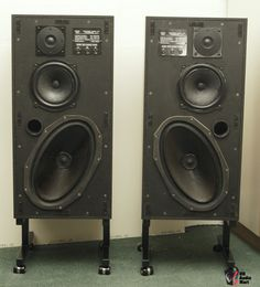 Pair of Monitor Audio MA3