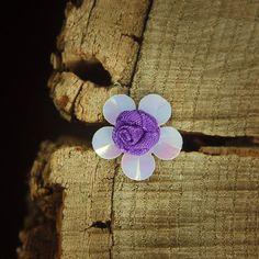 Ribbon & Plastic Flower 2cm  Purple  100 by Craft365.com ~US$4.90