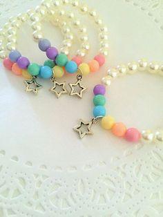 Resultado de imagem para bijuterias para crianças coloridas