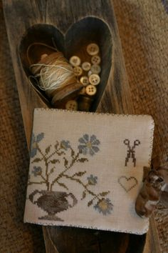 Dogwood Farms Needle Book PATTERN by StacyNash on Etsy