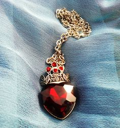 On Sale Once Upon a time Heart necklace ouat Red Queen Necklace Queen of Hearts pendant cosplay