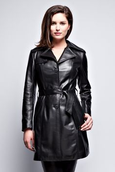 Long Leather Coat, Leather Trench Coat, Leather Jacket, Fall Fashion Outfits, Rain Wear, Fashion Story, Leather Fashion, Jackets For Women, Lamb