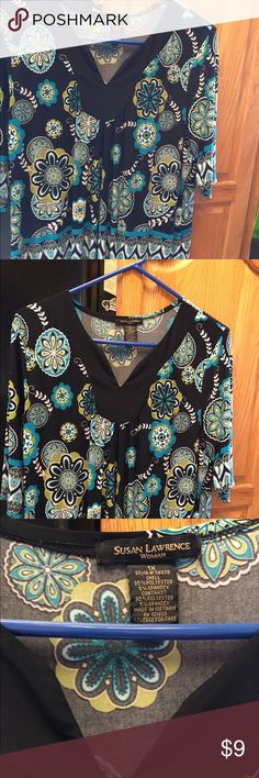 """1X print top Susan Lawrence 1x print top short sleeve black/blue print approx 31"""" from shoulder susan Lawrence Tops Tees - Short Sleeve"""