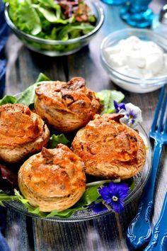 Home - Kifőztük Salmon Burgers, Baked Potato, Food And Drink, Potatoes, Meat, Chicken, Dinner, Baking, Ethnic Recipes