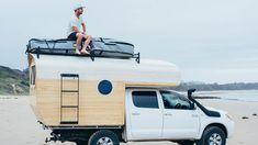 Von Byron Bay nach Sydney im Camper von Künstler Jay Nelson Camper Beds, Truck Bed Camper, Pickup Camper, Truck Camping, Diy Camper, Camper Trailers, Toyota Hilux, Hilux Camper, Toyota Camper