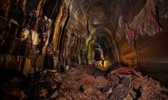 Photographer Josh Hydeman, 33, explored the breathtaking network of caves 325ft below the ground, formed by lava thousands of years ago underground in Washington, US.