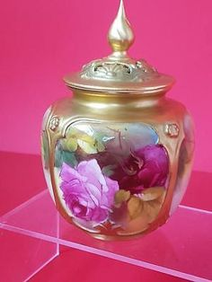 Lovely 1921 Royal Worcester Potpourri Vase with hand painted Roses Antique Gilding Austin