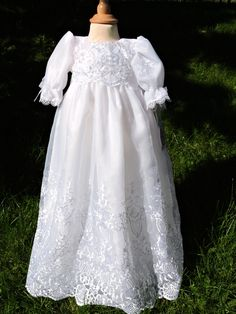 Vakker dåpskjole til en god pris.