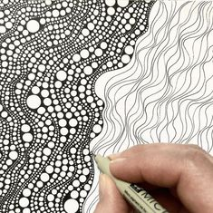 45 Super Cool Doodle Ideas is part of Cute Sad drawings God - Get your doodle inspiration idea here with 45 cool and easy doodle ideas for sketchbooks, bullet journals, and definitely when you're taking notes Doodles Zentangles, Zentangle Drawings, Abstract Drawings, Zentangle Patterns, Doodle Drawings, Aboriginal Patterns, Zen Doodle Patterns, Doodling Art, Doodle Borders