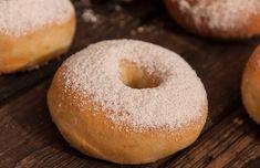 Dezerty Archives - Page 11 of 46 - Báječná vareška Bagel, Doughnut, Sweet Tooth, Birthday Cake, Sweets, Bread, Baking, Desserts, Recipes
