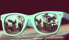 In the beach with cool glases