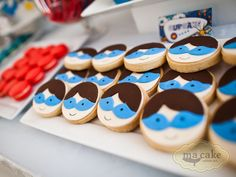 Superhero Inspired Guest Dessert Feature | Amy Atlas Events