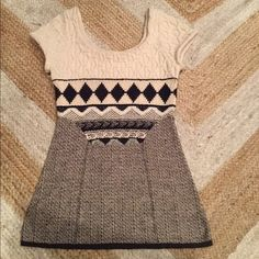 Anthropologie Sweater! Soft and stylish Anthropologie sleeveless sweater. So cute with jeans! Anthropologie Sweaters