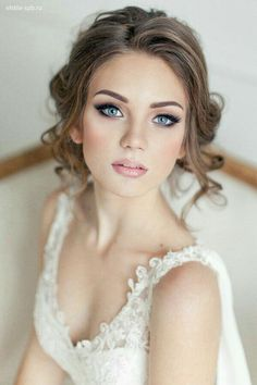 Beautiful Makeup and Contouring for all Brides! www.tyra.com/fergi