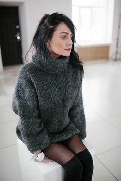 Women's Sweaters, Pullover Sweaters, Sweaters For Women, Fluffy Sweater, Mohair Sweater, Sweater Dresses, Knit Dress, Gros Pull Mohair, Knit Fashion