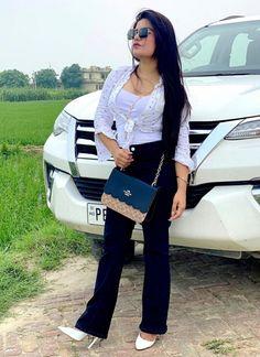 Kaur B, Simply Beautiful, Shoulder Bag, Bags, Singers, Fashion, Handbags, Moda, Fashion Styles