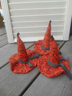 Set of 3 Primitive Pumpkin Witch Hat Ornies Sitters Handmade Halloween #NaivePrimitive