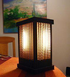 VENTE BIJOUX, Lampes, cadres, et objets en carton : LES LAMPES D'AMBIANCES EN CARTON ET EN PAPIER