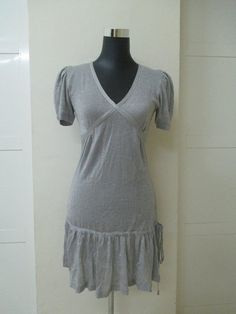 Preloved Ladies Dress Short Sleeve Dresses, Tunic Tops, Fashion Outfits, Lady, Shopping, Women, Fashion Suits, Dressy Outfits, Woman