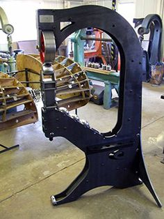 Contour wheeling machine Using our comprehensive knowledge and experience gained over many years in the coachbuilding industry we have developed a new concept in wheeling machine design. Metal Working Machines, Metal Working Tools, Planishing Hammer, Sheet Metal Tools, English Wheel, Fabrication Tools, Metal Shaping, Metal Workshop, Metal Bending