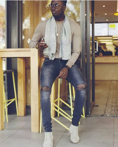 Chill Zone... Afro life Andro living.  @mannikwen ------ #AfroAndro / #Afrocentric / #Androgynous / #Style / #AndrogynousStyle / #StylishWomen / #StylishMen / #ThisAndrogynousLife / #WhatIWore /#AndrogynousFashion / #ProudlyAndrogynous / #Slay / #Dapper / #StyleDiary / #StyleInspired / #OurAndrogynousLife / #Stylish / #StyleBlog